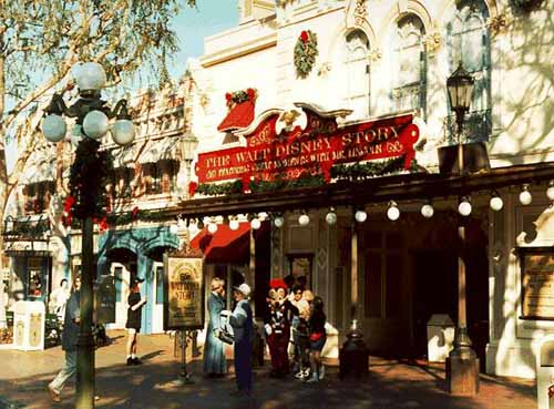 Liberty Square Or Frontierland
